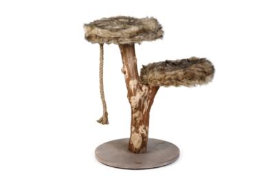 Designed by Lotte Aviva krabpaal hout
