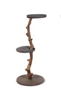 Designed by Lotte Jazz krabpaal hout